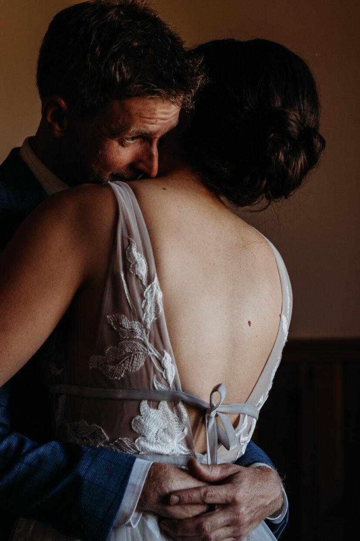 intimate candid documentary wedding photographer in california