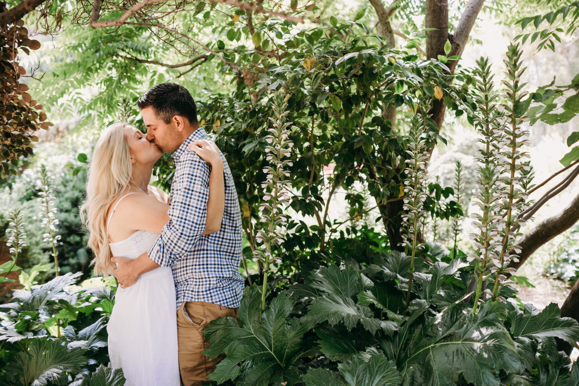 Engagement session tropical vibe sacramento