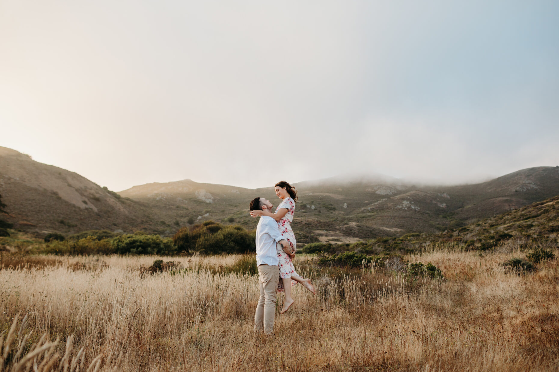mountains adventurous engagement couples